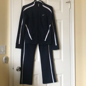Nike 2 Pc Sportswear Track Suit Small